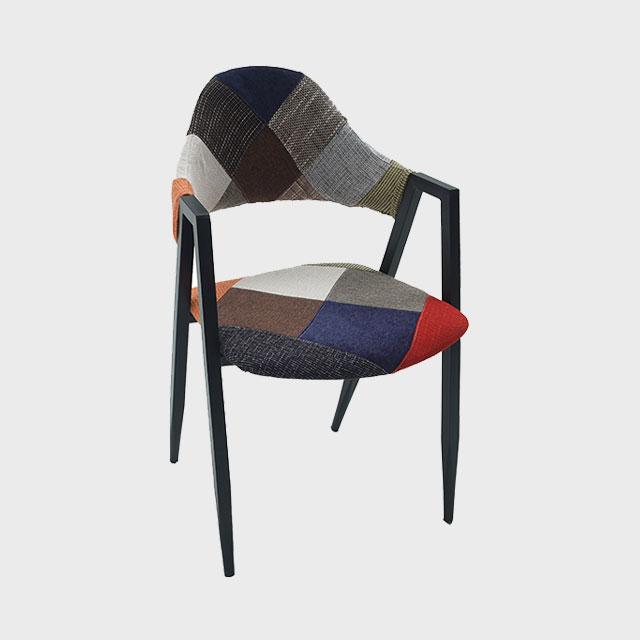 베그 철제 패브릭 다용도 퀼팅 의자